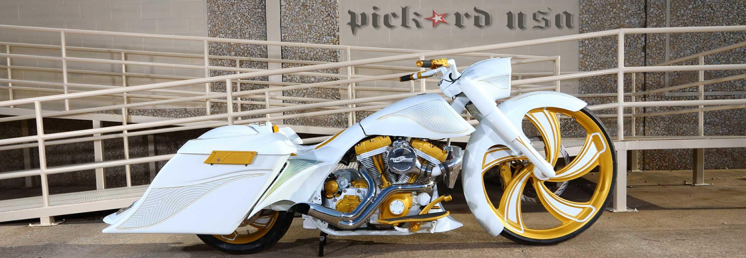 Custom Harley Baggers