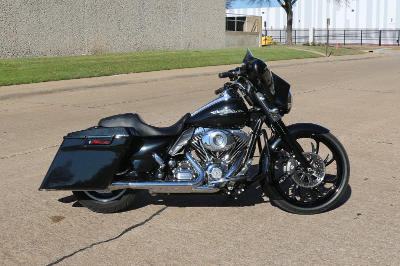 Joe's Custom Harley Street Glide