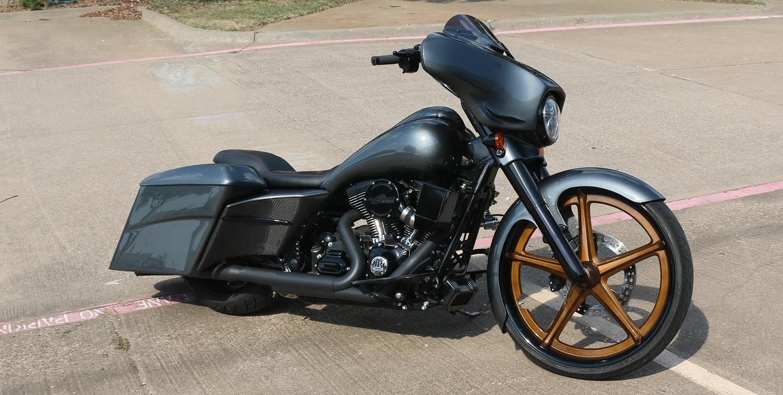 Bad Ass Baggers Custom Harley Baggers By Pickard Usa